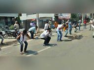 अंबाला में बेवजह घूम रहे लोगों को पुलिस ने लगवाई उठक-बैठक, कहा- दोबारा बाहर न निकलें|अम्बाला,Ambala - Dainik Bhaskar