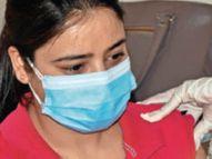 साहा पीएचसी में चंडीगढ़ व पंचकूला से भी वैक्सीनेशन कराने आ रहे लोग|अम्बाला,Ambala - Dainik Bhaskar