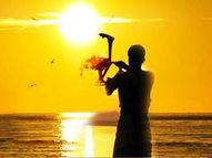 उगते सूरज को जल चढ़ाने से बढ़ती है उम्र और दूर होती है बीमारियां|धर्म,Dharm - Dainik Bhaskar