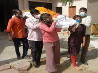 नम आंखों से दिया पिता की अर्थी को कंधा|पाली,Pali - Dainik Bhaskar