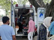दूल्हा-दुल्हन सवार कार ने सड़क क्रॉस कर रहे दो लोगों को मारी टक्कर, जख्मी; नवदंपती को दूसरी गाड़ी से भेजा गया घर|रांची,Ranchi - Dainik Bhaskar