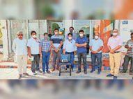 अफ्रीका से प्रवासी भाइयों ने भेजी ऑक्सीजन कंसंट्रेटर मशीन, व्यापारी ने 8 बेड और उपकरण तो बच्चे ने अपने गुल्लक के पैसे भी अस्पताल को सौंपे जोधपुर,Jodhpur - Money Bhaskar
