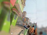 नगर के वार्ड नंबर- 4 व 28 में किया गया सेनेटाइजेशन|बेतिया,Bettiah - Dainik Bhaskar