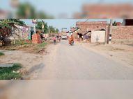 अवैध अतिक्रमण से हसनपुर-सखवा सड़क की चौड़ाई घटकर हो गई 120 से 50 फीट|हसनपुर,Hasanpur - Dainik Bhaskar
