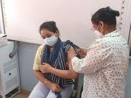 शहर में 8 और ग्रामीण क्षेत्र के 11 टीकाकरण केंद्रों पर लगाया जाएगा टीका, रजिस्ट्रेशन के साथ स्लॉट बुक होने पर ही जाएं टीका लगवाने|सागर,Sagar - Dainik Bhaskar