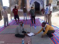 लॉकडाउन का उल्लंघन वालों पर कार्रवाई; चालान काटकर वसूला जुर्माना, पुष्कर में एक दुकान सीज|राजस्थान,Rajasthan - Dainik Bhaskar