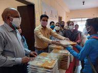 अब फोन करने पर आपके पास पहुंचेगा खाना, जहां फोन की व्यवस्था नहीं वहां नगर निगम खुद भोजन पहुंचाएगा|भरतपुर,Bharatpur - Dainik Bhaskar