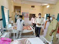 केंद्रीय मंत्री ने स्वास्थ्य केंद्रों को सौंपे ऑक्सीजन कंसंट्रेटर, खुद चलाकर दिया डेमो, मरीजों से मिल परखी सुविधाएं|राजस्थान,Rajasthan - Dainik Bhaskar