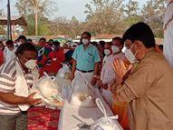 मंत्री सिसोदिया ने कहा- किसी नागरिक को भूखा नहीं रहने देंगे, सिया कल्चरल सोसाइटी ने किया सूखे राशन का वितरण गुना,Guna - Dainik Bhaskar