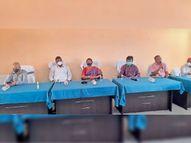 अब ग्रामीणों को कोरोना वैक्सीन लेने के लिए मानकी मुंडा करेंगे प्रेरित|चाईबासा,Chaibasa - Dainik Bhaskar