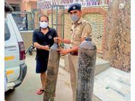 4 पीसीआर, 16 पुलिस कर्मी 24 घंटे घर-घर पहुंचा रहे प्राण-वायु|हिसार,Hisar - Dainik Bhaskar