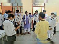 भांडारेज सामुदायिक स्वास्थ्य केंद्र को मिले चार ऑक्सीजन कंसंट्रेटर दौसा,Dausa - Dainik Bhaskar
