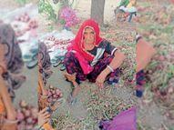 बदमाशों ने बुजुर्ग महिला से गहने छीने गुस्साए लोगों ने बस्ती में की ताेड़-फाेड़|भीलवाड़ा,Bhilwara - Dainik Bhaskar