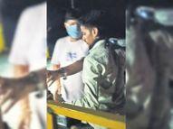 मंदसाैर के पूर्व नगर पालिका अध्यक्ष ने बसाड़ टोल नाके पर किया हंगामा, कार्मिक से की अभद्रता|प्रतापगढ़ (उदयपुर),Pratapgarh ( Udaipur) - Dainik Bhaskar