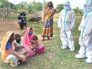पिता का साया उठा तो दो बच्चों समेत पूरे परिवार की जिम्मेदारी उठाने एक साथ आ गया गांव रायगढ़,Raigarh - Dainik Bhaskar
