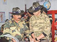 कश्मीर में फिल्म अभिनेता अक्षय कुमार को थार के वीर स्मारिका कमांडेंट शर्मा ने की भेंट|राजस्थान,Rajasthan - Money Bhaskar