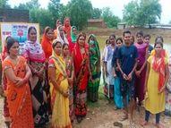 शहरी क्षेत्र में शामिल हुआ गांव तो अवैध कब्जा होने लगा, सरकारी जमीन बचाने 400 महिलाओं ने डेढ़ एकड़ में खोद दिया तालाब बिलासपुर,Bilaspur - Money Bhaskar