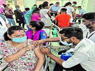 वैक्सीन की डोज 17 लाख पार 13.60 से ज्यादा को पहला टीका,मेगा कैंप में 55 हजार से ज्यादा लोगों को लगाई गई वैक्सीन|जालंधर,Jalandhar - Money Bhaskar