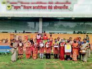 74 महिलाएं मजदूर से बनीं मालिक, 6 माह में बेचे 90 लाख के सामान कोंडागांव,Kondagaon - Money Bhaskar