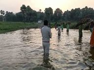 पानी में घुसकर शराब निर्माण कर रहे भट्टी को किया ध्वस्त, शराब माफियाओं में हड़कंप बिहार,Bihar - Money Bhaskar