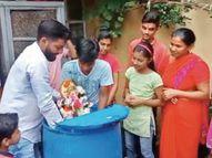 घरों में विराजे 2 हजार से ज्यादा मिट्टी के गणेश का वहीं या मोहल्ले के अस्थायी कुंडों में विसर्जन रायपुर,Raipur - Money Bhaskar
