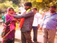 प्रेमी से शादी न तय करने पर युवती ने परिवार वालों को दी आत्महत्या करने की धमकी, पुलिस ने थाने में करवा दी दोनों की शादी|कानपुर देहात,Kanpur Dehat - Money Bhaskar