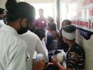 कार और बाइक में भिंड़त के बाद कार सवार 9 लोग घायल, बाइक सवार भी गंभीर, 6 को इंदौर रैफर किया मध्य प्रदेश,Madhya Pradesh - Money Bhaskar