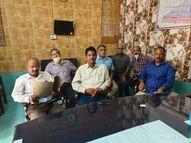 प्रियंका गांधी के कार्यक्रम के वीडियो में छेड़छाड़ करने का लगाया आरोप, सौंपा ज्ञापन|प्रयागराज (इलाहाबाद),Prayagraj (Allahabad) - Money Bhaskar