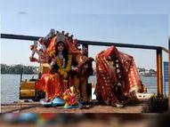 शनिवार को भी विसर्जन जारी, बड़ी मूर्तियों को क्रेन-जेसीबी की मदद से विसर्जित कर रहे; फूल-पूजन सामग्री से बनेगी खाद भोपाल,Bhopal - Money Bhaskar