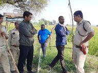 गाय का शिकार कर रहा तेंदुआ खेत में पहुंचा लोग अपनी जान बचाने पेड़ पर चढ़े मध्य प्रदेश,Madhya Pradesh - Money Bhaskar