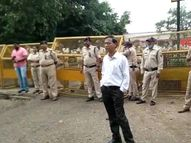 लखीमपुर में हिंसा के मामले में ट्रेन रोकने पहुंचे किसानों को स्टेशन के बाहर ही रोका|देवास,Dewas - Money Bhaskar
