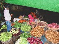 बेंगलुरू में स्टॉक किए टमाटर सड़ गए तो हफ्तेभर में 40 से 80 पर पहुंचा भाव, हिमाचल का सेब खाना हो तो खर्च करना होगा 120 रुपए प्रति किलो भागलपुर,Bhagalpur - Money Bhaskar