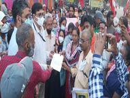 स्टील प्लांट के कर्मचारियों ने नारे लगाए- मजदूरों के हाथ हैं खाली, कैसे मनाएं दिवाली|भिलाई,Bhilai - Money Bhaskar