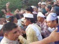 28 लोगों के खिलाफ पुलिस ने किया मामला दर्ज, जुलूस निकालने के विवाद के दौरान की थी धक्क मुक्की भीलवाड़ा,Bhilwara - Money Bhaskar