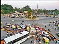 खजराना की रोटरी हटेगी, निरंजनपुर, विजय नगर चौराहे पर कांक्रीट से गड्ढों का स्थायी हल होगा|इंदौर,Indore - Money Bhaskar