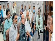 सिंहभूम चैंबर के सदस्यों ने स्वास्थ्य मंत्री से मिल रविवार काे पूरी तरह अनलॉक करने की मांग की|जमशेदपुर (पूर्वी सिंहभूम),Jamshedpur (East Singhbhum) - Money Bhaskar