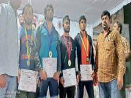राज्य स्तरीय कुश्ती में पहलवानों ने 6 पदक जीते, इनमें दो महिला पहलवान|सागर,Sagar - Money Bhaskar