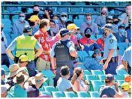 राेहितची अर्धशतकी खेळी; टीम इंडियासाठी विजयाची वाट खडतर क्रिकेट,Cricket - Divya Marathi