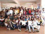 'डॉक्टर डॉन'च्या सेटवर झाली खास 'पावरी', देवदत्त नागेने व्हिडिओ शेअर करत म्हटले...|मराठी सिनेकट्टा,Marathi Cinema - Divya Marathi