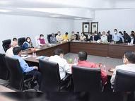 કેવડિયા ટેન્ટ સીટીમાં વિધાનસભા અધ્યક્ષની અધિકારીઓ સાથે બેઠક|રાજપીપળા,Rajpipla - Gujarati News