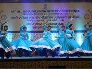 ગોફ ગુંથણ રાસ નિહાળી મહેમાનો પ્રભાવિત, કચ્છી રાસે રંગત જમાવી|રાજપીપળા,Rajpipla - Gujarati News