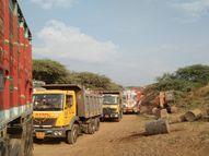 તંત્રની રહેમનજર તળે નિઝર-કુકરમુંડામાં ગેરકાયદે રેતી ખનનનો વેપલો પુરજોશમાં, દિવસ-રાત દોડતી રેતી ભરેલી ટ્રકોથી રસ્તાઓ પણ બિસમાર નિઝર,Nizar - Gujarati News