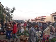દાહોદના હોલસેલ શાકમાર્કેટમાં શાક સાથે કોરોના ઘરે લઇ જવાની ભીતિ દાહોદ,Dahod - Gujarati News