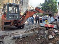 વલસાડ આવાબાઇ શોપિંગથી રૂરલ પોલીસ સ્ટેશન સુધી 25 દુકાનનાં દબાણો દૂર કરાયા|વલસાડ,Valsad - Gujarati News