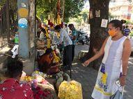 મહામારી વચ્ચે ફૂલ બજારનો રૂા. 20 કરોડનો ધંધો કરમાયો, મંદિરોએ ફૂલો સ્વીકારવાનું બંધ કરતાં ધંધાને માઠી અસર|વડોદરા,Vadodara - Gujarati News