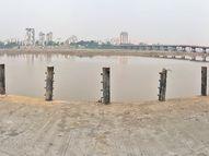 નાવડી ઓવારા ખાતે બનાવાયેલા રિવર વોક-વેની સેફટી રેલિંગના ગેલ્વેનાઇઝના પાઇપ પણ તસ્કરો ચોરી ગયા|સુરત,Surat - Gujarati News
