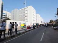 સિવિલ હોસ્પિટલની બેદરકારીથી કોરોના પોઝિટિવ વૃદ્ધનું મોત થયાનો સગાંનો આક્ષેપ|અમદાવાદ,Ahmedabad - Gujarati News