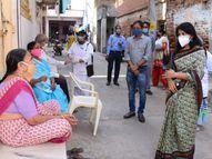 વડોદરાના ગ્રામ્ય વિસ્તારમાં ક્લેક્ટર શાલિની અગ્રવાલે કોવિડનો ચેપ રોકવા માટેની કામગીરીની માહિતી મેળવી|વડોદરા,Vadodara - Gujarati News
