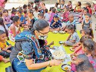 જાહ્નવી દર્શન અને તેમની ટીમ દ્વારા ભરૂચ ખાતે 80 બાળકોને ઘરની બનાવેલી રસોઈ જમાડી|ભરૂચ,Bharuch - Divya Bhaskar
