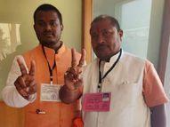 વડોદરામાં 2005માં પિતા પ્રથમ ચૂંટણીમાં માત્ર 27 મતથી ચૂંટણી જીત્યા હતા, પુત્ર 22 વર્ષની ઉંમરે પ્રથમ ચૂંટણી 20 હજાર મતથી જીત્યો|પાલિકા-પંચાયત ચૂંટણી,Municipal Election - Divya Bhaskar
